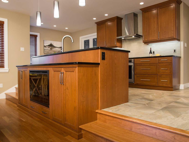 Clean West Coast Style Kitchen 3